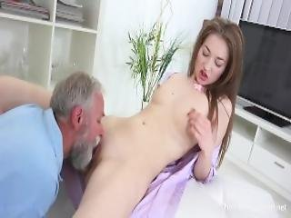 Old N Young Com Roxy C Doctor Licks Cutie Until She Is Cured