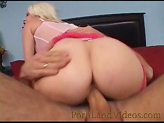 Blonde Teen Bitch Fucking In Motel With A Big Dick