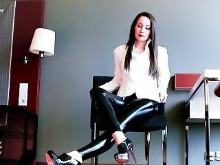 Vanessa Pur In Latex Leggings