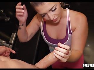Gym Slut Loves To Suck Cock