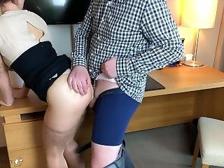 Meeting Break: Hot Workmate Used By Supervisor On A Desk In A Hotelroom