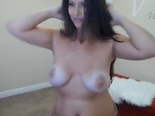 Saxy Girl Dances And Sings Ac-dc Webcam