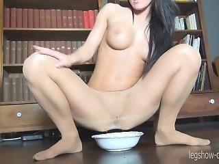 Piss Pantyhose 5