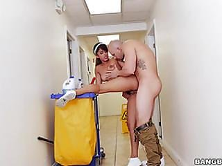 The New Cleaning Lady Swallows A Load! Mda14770