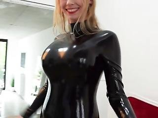 Pvc and latexclad lesbian hotties toying on each other 1