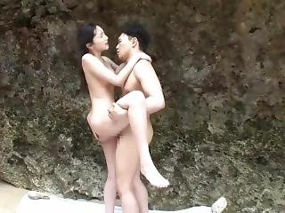 Momodani Erika Sex By The Beach
