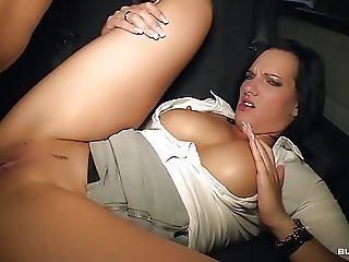 Bumsbus German Hottie Sina Velvet Gets Facial In The Car