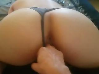 Big Perfect Ass Latina Twerk On Fingers