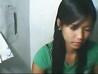 Teen Pinay Sex With Bf While Playing Mobile Legend And Cums Inside Mouth