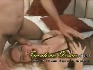 Gangbang Con Hermosa Rubia Puta Argenta - Reventando Colas