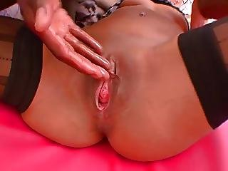 French Mature Squirt Really Very Open Pussy