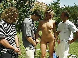 Anal, Blonde, Cage, Débauche, Sexe En Groupe, Extérieur, Sexe