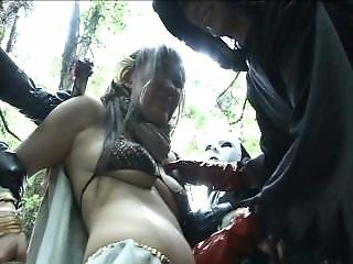 Witch Hunter Sayaka - Belly Button Fingering