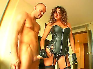 Sex Mad Female-dominator In Leather Corset And Dark Nylons Gives Oral Pleasure And Rides Unyielding Weenie