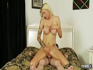 Big Titty Mommas   Scene 2