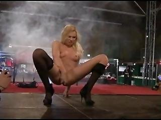 Festival Erotico - Hartberg 2009 - Squirt Show - Yasmin Gold Ii