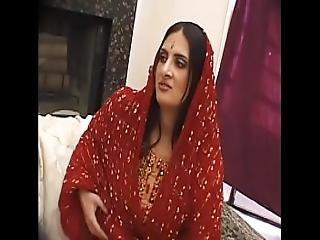 Intialainen aasi alainen seksi videot