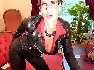 Annabelle Tamsin So Sexy Mistress In Leather Pants !