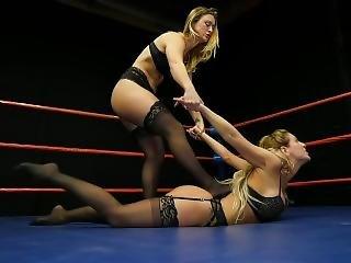 Dt Female Wrestling 1