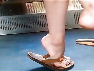 Candid Feet 99