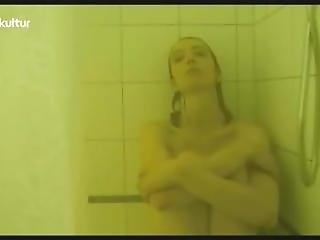 Ursina Lardi, Anna Loos, Paula Kroh - Die Frau Von Fruher 2013