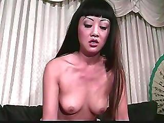 Wytrysk asian porno