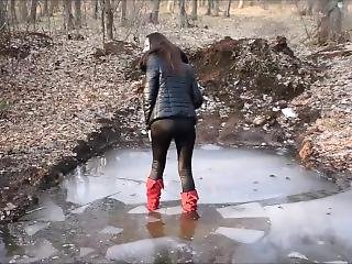 Girl Love Play In Mud And Water Whit Her Hh Red Boots