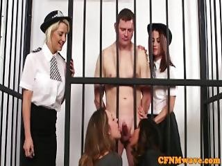 babe, blowjob, británicos, cfnm, desde Europa, femdom, handjob, humiliación, cárcel, milf, policia, prision
