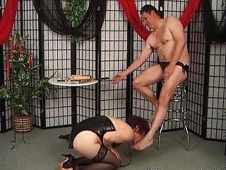 Mature Kinky Whore Sucks Big Dildo