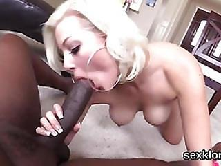 Pornstar Looker Gets Her Ass Hole Banged With Monster Dick