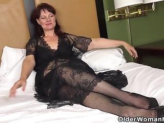 Florida Milf Anna Moore Dildos Her Needy Cunt
