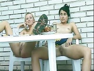 Lesbian Girls Pissing Peeing Video