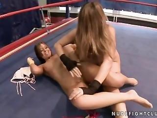 Nude Fight