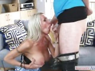 Slutty Step mom Emma Starr Gives Best Blowjob her step son and helps himcum
