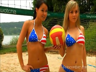 Very Sexy Catfight Between Beachvolley Babes Vera And Linda
