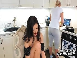 podglądaczem lesbijki porno