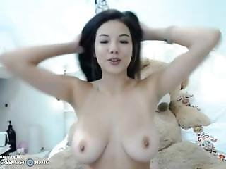 My Chinese Girlfriend Shows Me All 1/3