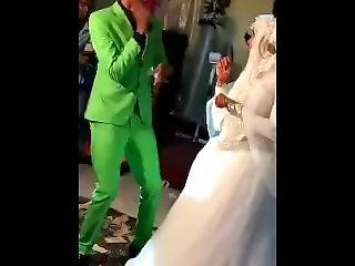 Gabar Somali Ah O Arooskeda Ka Niikisay