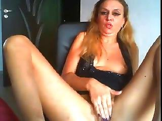 Horny Mature Fuck Bottle