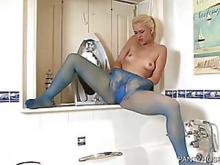 Pantyhose Shower Masturbation
