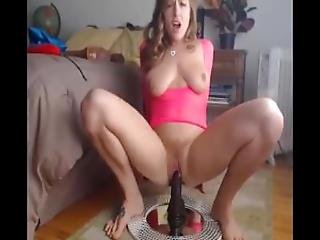 Housewife Plays Alone