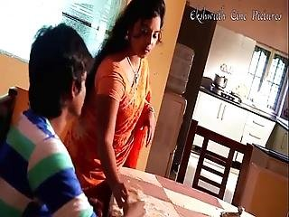 Village Boy City Aunty Spicy Romantic Telugu Short Film By Ekshwiith Cine Pictures