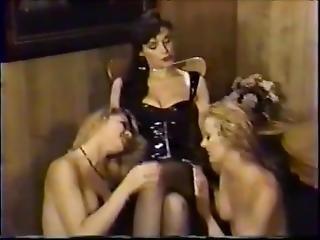 Bondage, οίκος, πορνοστάρ