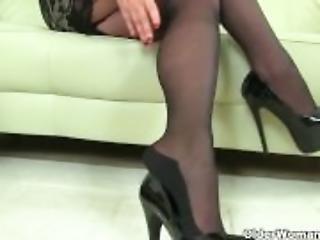 My favourite videos of English mums in tights: Jayne, Scorpio and Alisha