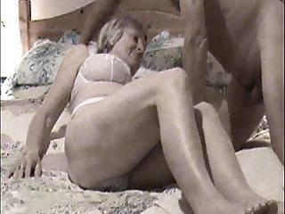 Mature Wife Shows Her Arse To All