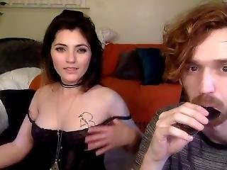 Sexy Cam Girl With Dork Bf--lucyyyyy