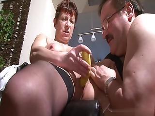 When An Old Husband, A Banana Will Always Help Bertha