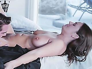 Hurt Housewife Gets Pussy Pleased By Long Rod