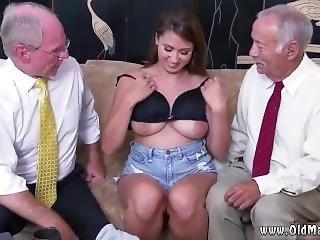 Cute Teen Dildo Orgasm Ivy Impresses