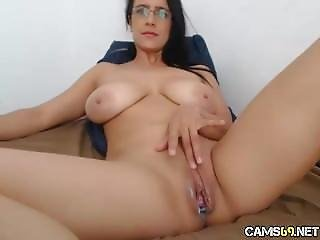 Big Tit Milf Creamy Pussy Play On Webcam